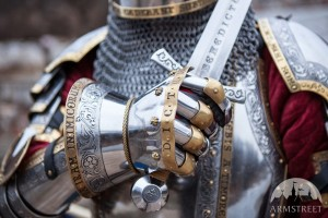 hourglass-finger-gauntlets-kings-guard-medieval-armor-sca[1]